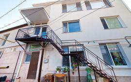 1 комнатная оригинальная квартира в Феодосии, улица Революционная