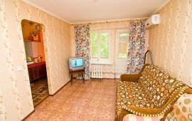 1 комнатная миленькая квартира в Феодосии, улица Украинская, 22