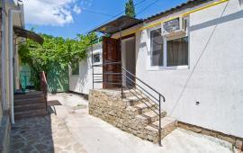 1 комнатный домик в Феодосии на улице Армянская