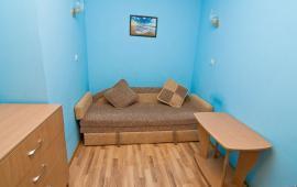 2-х комнатная квартира в Феодосии в частном секторе, улица Русская