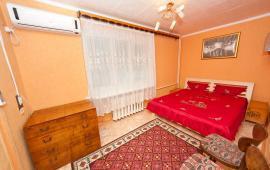 2-комнатная квартира в г. Феодосия, улица Горького, 48