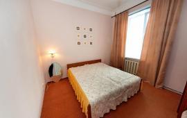 2-комнатная квартира в Феодосии, рядом со школой № 2