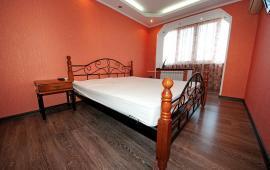 2-комнатная квартира в Феодосии, улица Чкалова. 175
