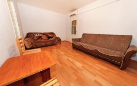 2-комнатная квартира в Феодосии, улица Чкалова, 82
