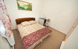 2 комнатная дом-квартира на Греческой в частном секторе Феодосии