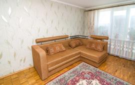 2 комнатная квартира в Феодосии, бульвар Старшинова, 25
