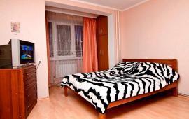 2 комнатная квартира в Феодосии, улица Чкалова, 66