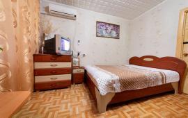 2 комнатная красивая квартира в Феодосии, улица Крымская, 29