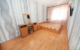 2 комнатная квартира в Феодоси, улица Куйбышева, 57-А