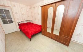 2 комнатная квартира в п. Приморский на улице Победы, 2