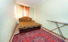 2 комнатная квартира в г. Феодосии, улица Советская, 18
