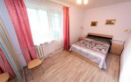 2 комнатная квартира в Феодосии на бульваре Старшинова, 10