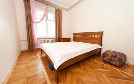 2 комнатная квартира в Феодосии, улица Кирова, 7
