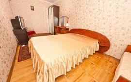 2 комнатная квартира в Феодосии, переулок Колхозный, 2