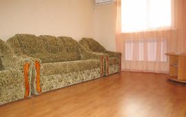 2 комнатная квартира в Феодосии, бульвар Старшинова, 21-А
