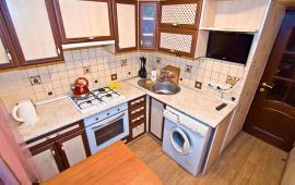 2 комнатная приятная квартира в Феодосии, улица Федько, 47