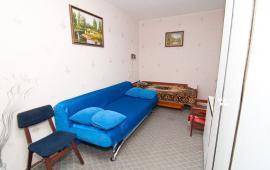 2 комнатная стандартная квартира, бульвар Старшинова, 19