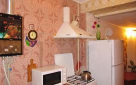 2 комнатная квартира в Феодосии, улица Крымская, 3