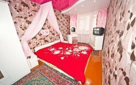 2 комнатная квартира в Феодосии, переулок Шаумяна, 1