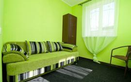 2 комнатный коттедж в Феодосии на улице Победы