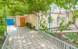 4 комнатный дом на улице Коммунальщиков в Феодосии