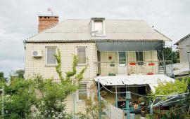 4 комнатный коттедж в Феодосии на улице Виноградная