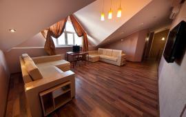 5 комнатные апартаменты в Феодосии на улице Десантников, 7-Б