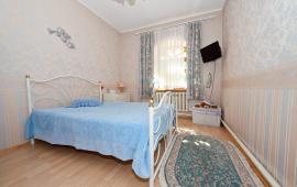 Отдельный дом в Феодосии на улице Садовая