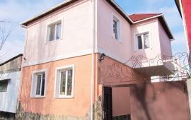 6 комнатный коттедж в Феодосии на улице Гольцмановская
