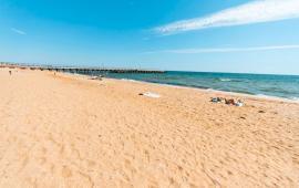 Эллинги в Феодосии на Золотом пляже