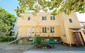 Гостиница на 5 номеров, улица Карла Маркса в Феодосии