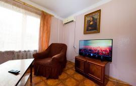 2-комнатная квартира в г. Феодосия, улица Земская, 19
