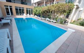 Мини гостиница с бассейном в Феодосии на улице Фестивальная