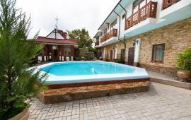 Мини отель в Феодосии с бассейном на улице Головина