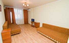 Однокомнатная современная квартира в Феодосии, переулок Танкистов, 1-Б