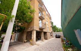 Отель в Феодосии в районе Динамо