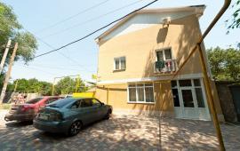 Популярный отель в Феодосии на улице Листовничей