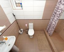 2-комнатная квартира в посёлке Береговое Феодосия, улица 40 лет Победы - фотография № 3
