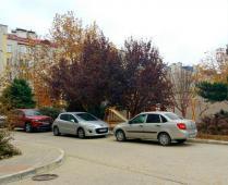 Во дворе дома по улица Десантников, 7-Б в Феодосии - фотография № 2