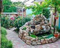 Дом для отдыха в Феодосии летом, ул. Насыпная - фотография № 1