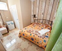 Частная мини гостиница в Феодосии по переулку Военно-морскому - фотография № 6
