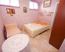 Частная мини гостиница в Феодосии по переулку Военно-морскому - фотография № 4