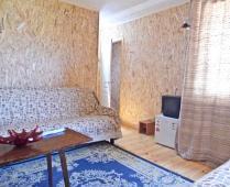 Домики в посёлке Береговое под Феодосией - фотография № 1