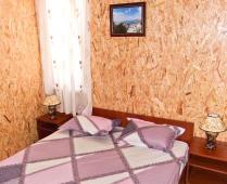 Домики в посёлке Береговое под Феодосией - фотография № 3