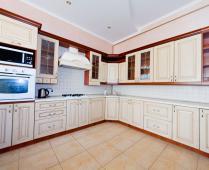 Эллинги в Феодосии: 2-комнатный номер с выходом на море со своей кухней - фотография № 5