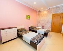 Эллинги в Феодосии: 2-комнатный номер с видом на море - фотография № 1