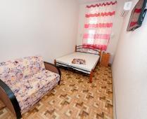 Номера на 1 этаже эллинга в Феодосии на Золотом пляже - фотография № 1
