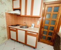 Феодосия эллинг с кухней в номерах на Черноморской набережной - фотография № 11