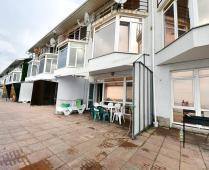 С кухней на берегу моря эллинг в Феодосии с видом на море из 3-х комнат - фотография № 5