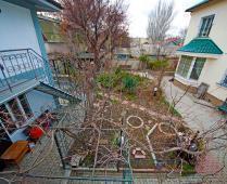 Гостевой дом в Феодосии, улица Народная - фотография № 2